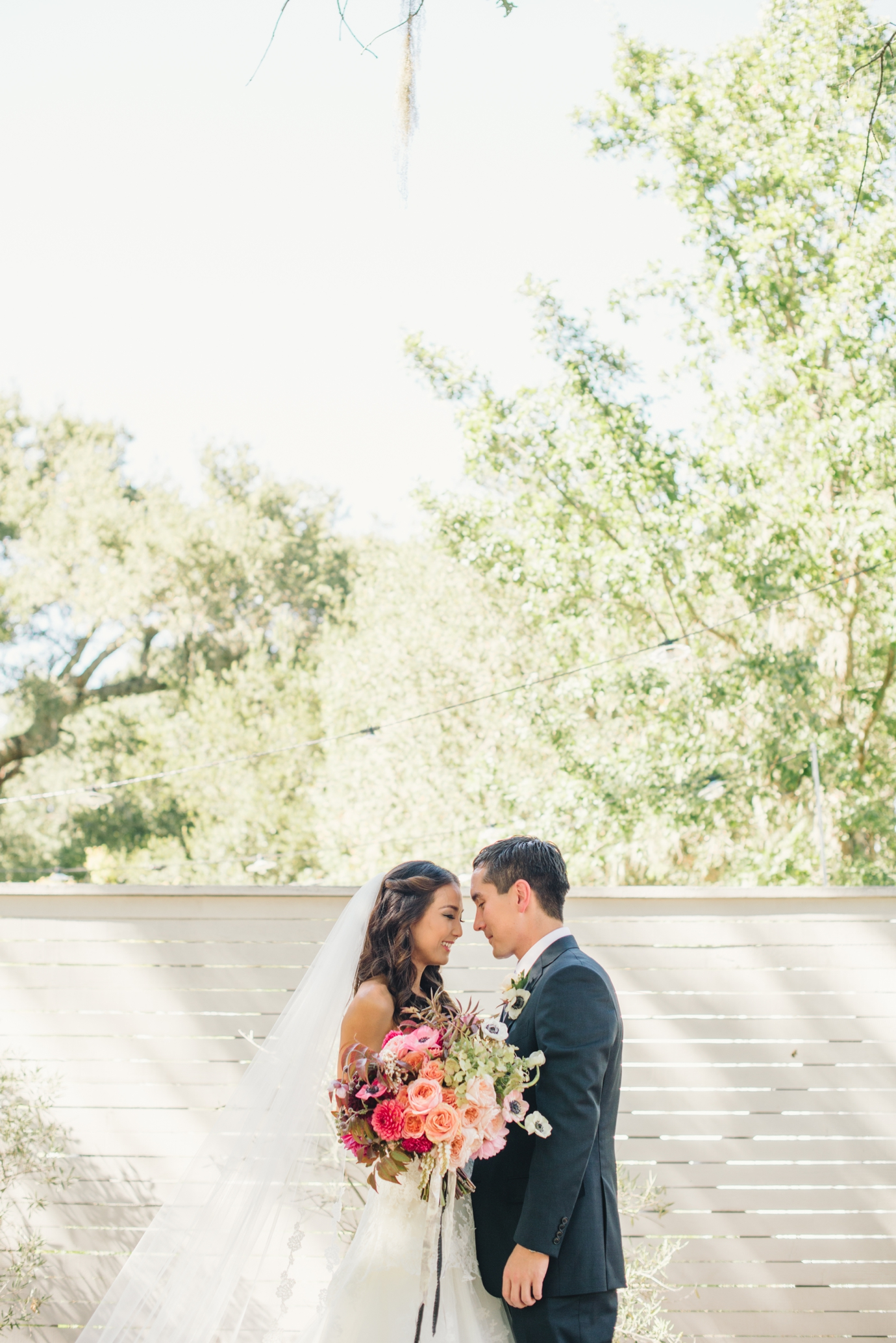 037_delbarrmoradiphotography_100 Layer Cake_ Durham Ranch Wedding_0048