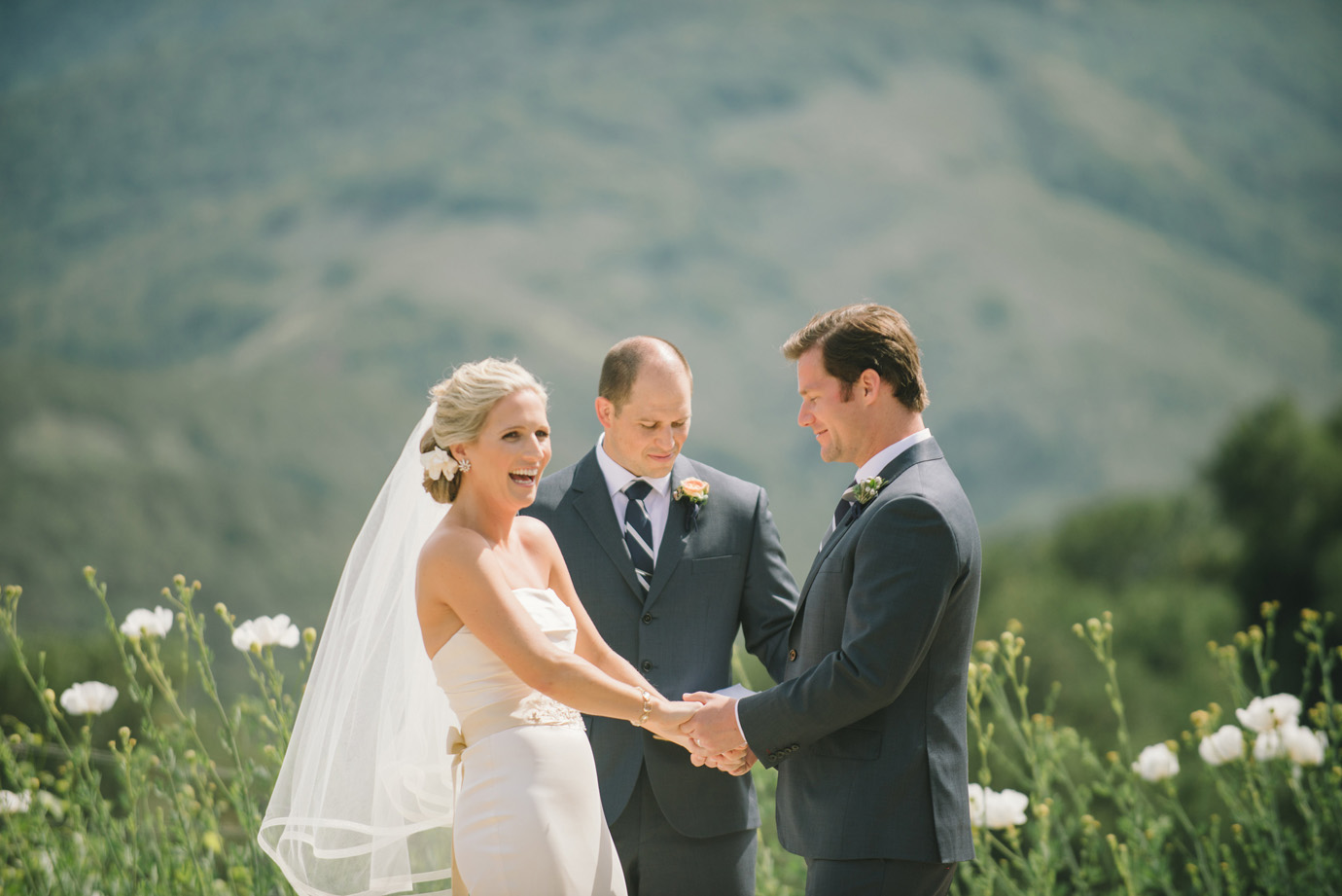 ceremony-at-holman-ranch