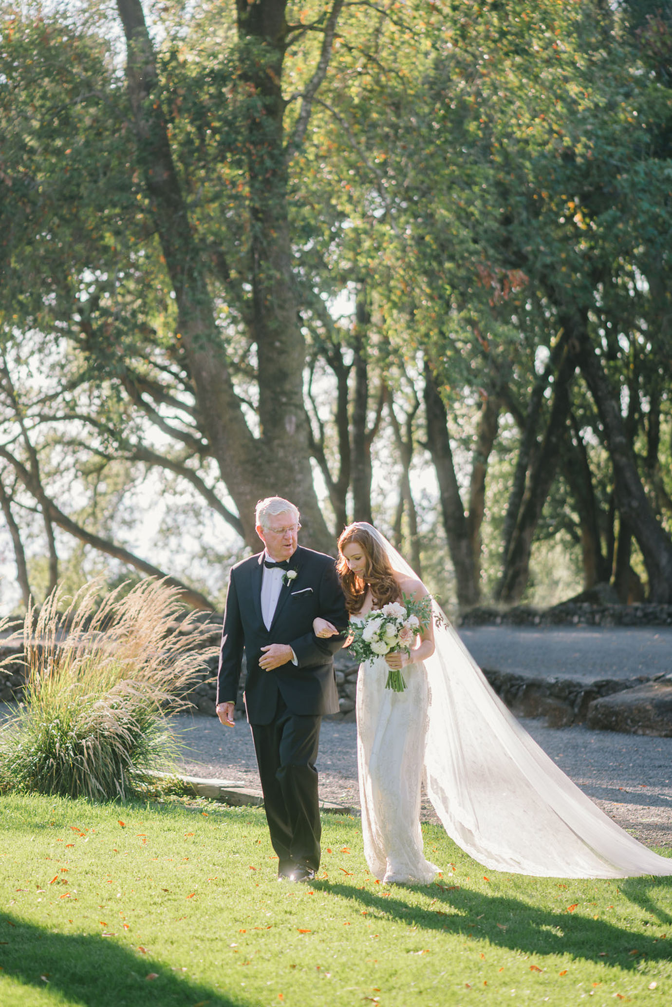 05-healdsburg-wedding-photographer-delbarr-moradi035
