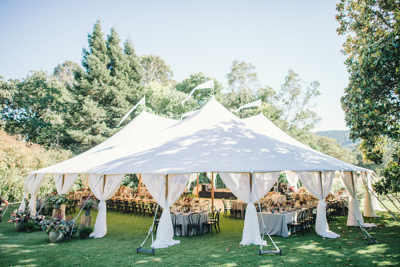 Real wedding at Annadel Estate Winery | Photo: Delbarr Moradi | Santa Rosa wedding